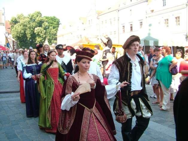 Historické tance a šerm